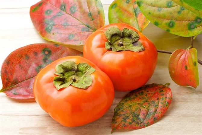 В хурме содержится много витаминов
